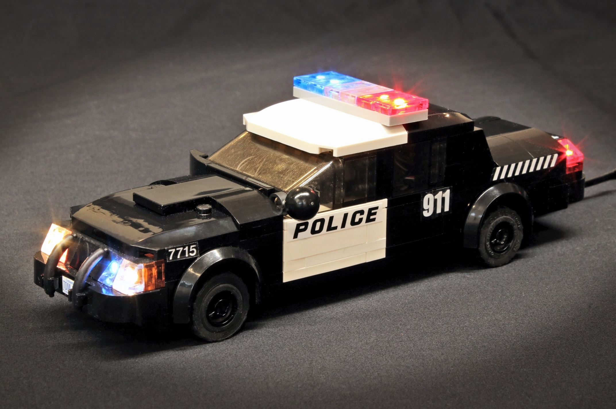 Blog Analog Converter Circuit Additionally Led Alternating Light Flasher The Pfx Brick Has A Wide Portfolio Of Emergency Vehicle Effects There Are Nearly 40 Different Sequences Each With Flash